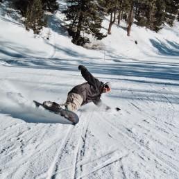 Snowboarden in Arosa - Snowboard mieten direkt beim Bahhof